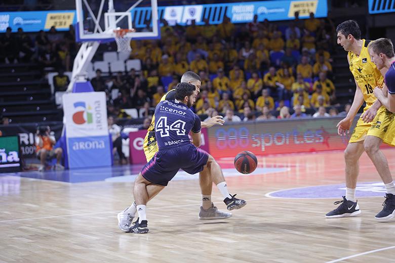 GABRIEL LUNDBERG - PEPE POZAS (Foto: Carlos González)