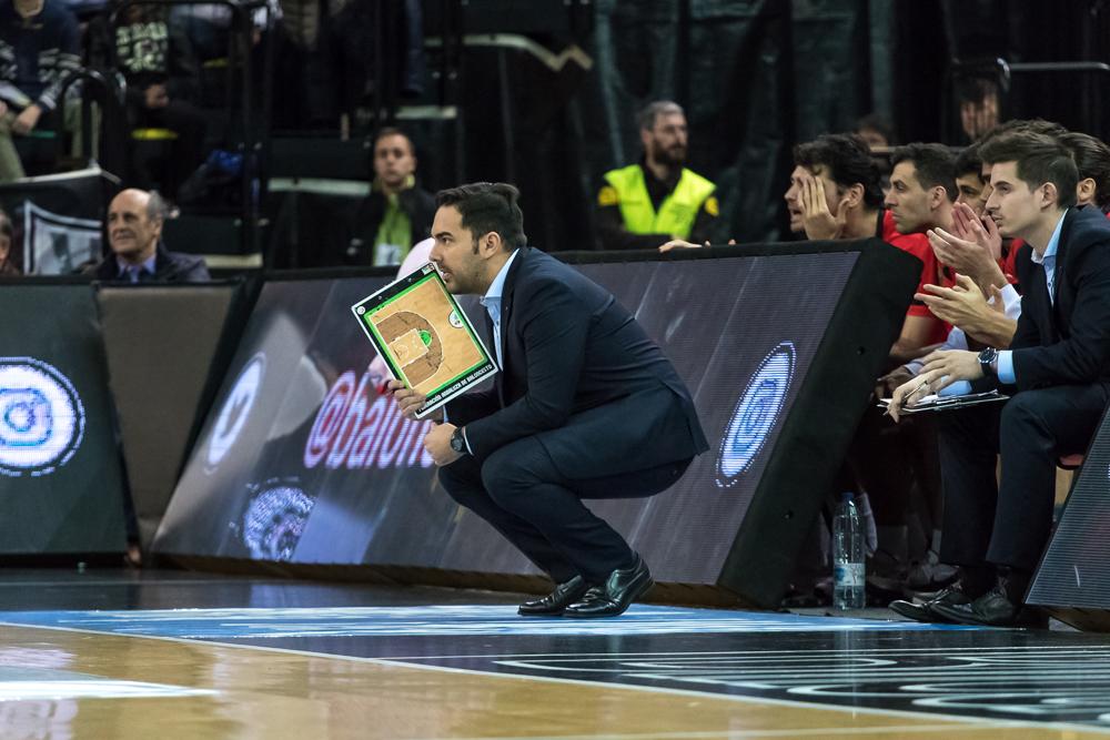Juan Pablo Pin, entrenador del Granada (Foto: Luis Fernando Boo).