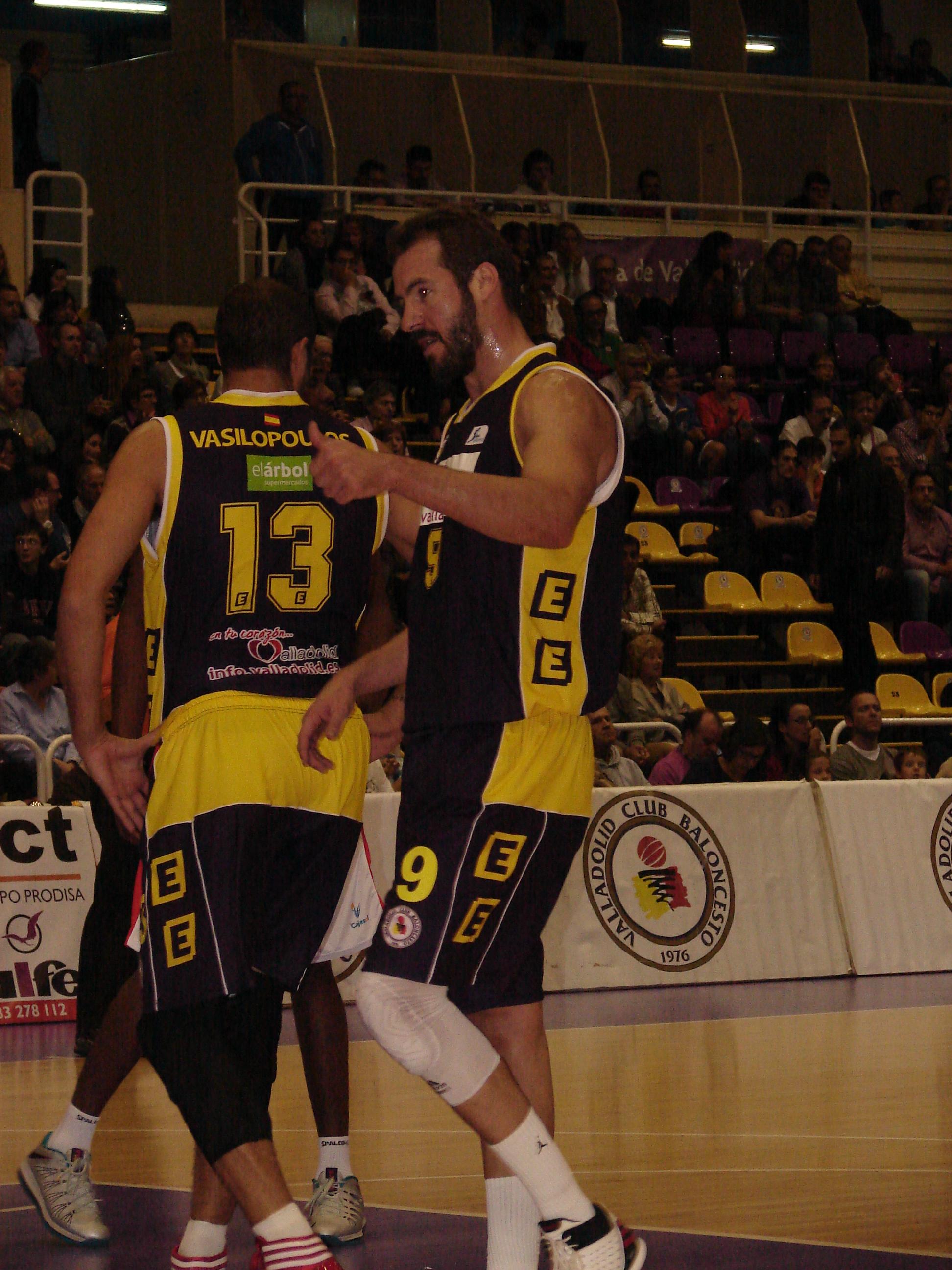 La pareja griega del CB Valladolid (Foto: Jose Navas)