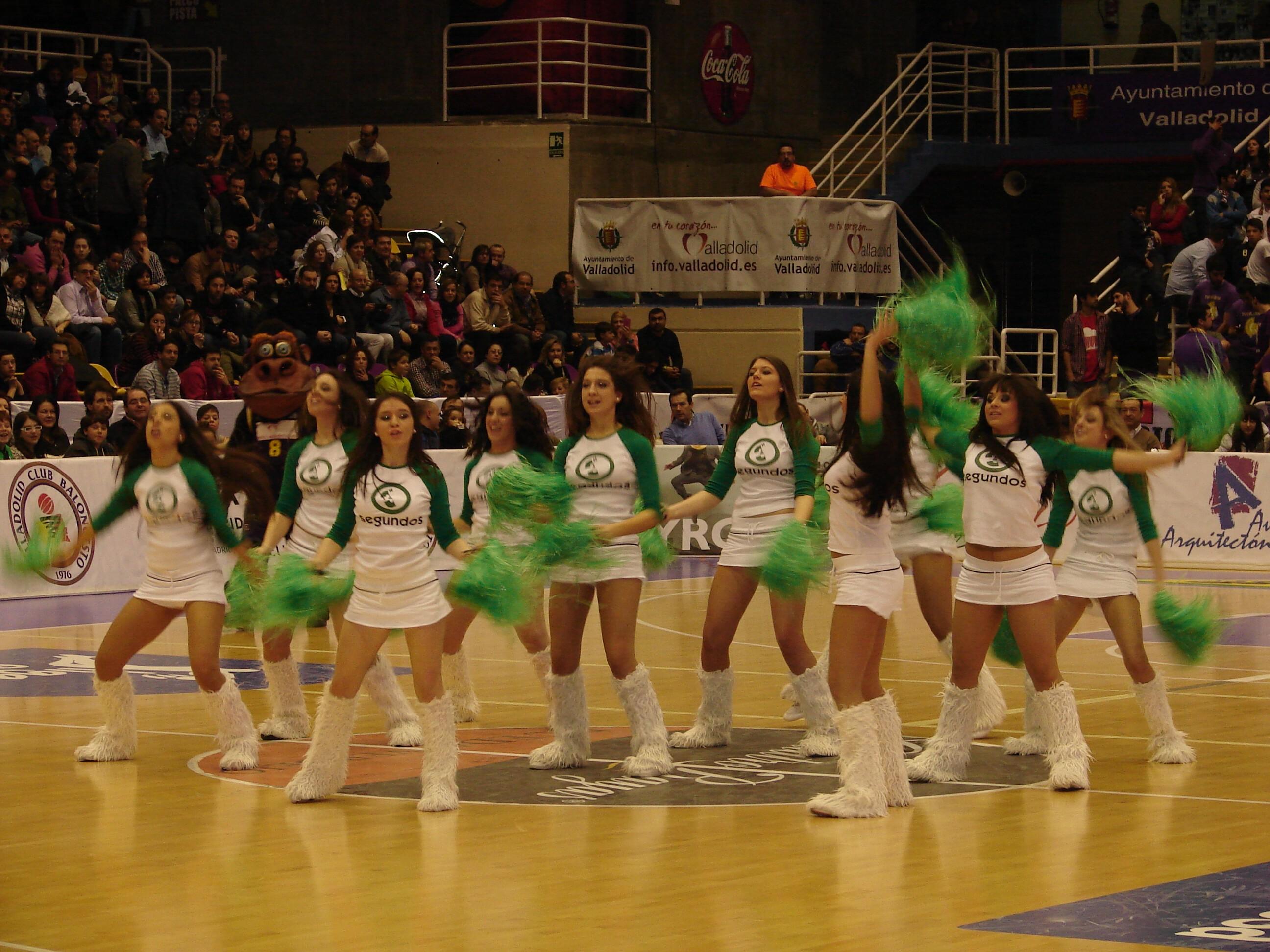 Las animadoras del CB Valladolid (Foto: Jose Navas)