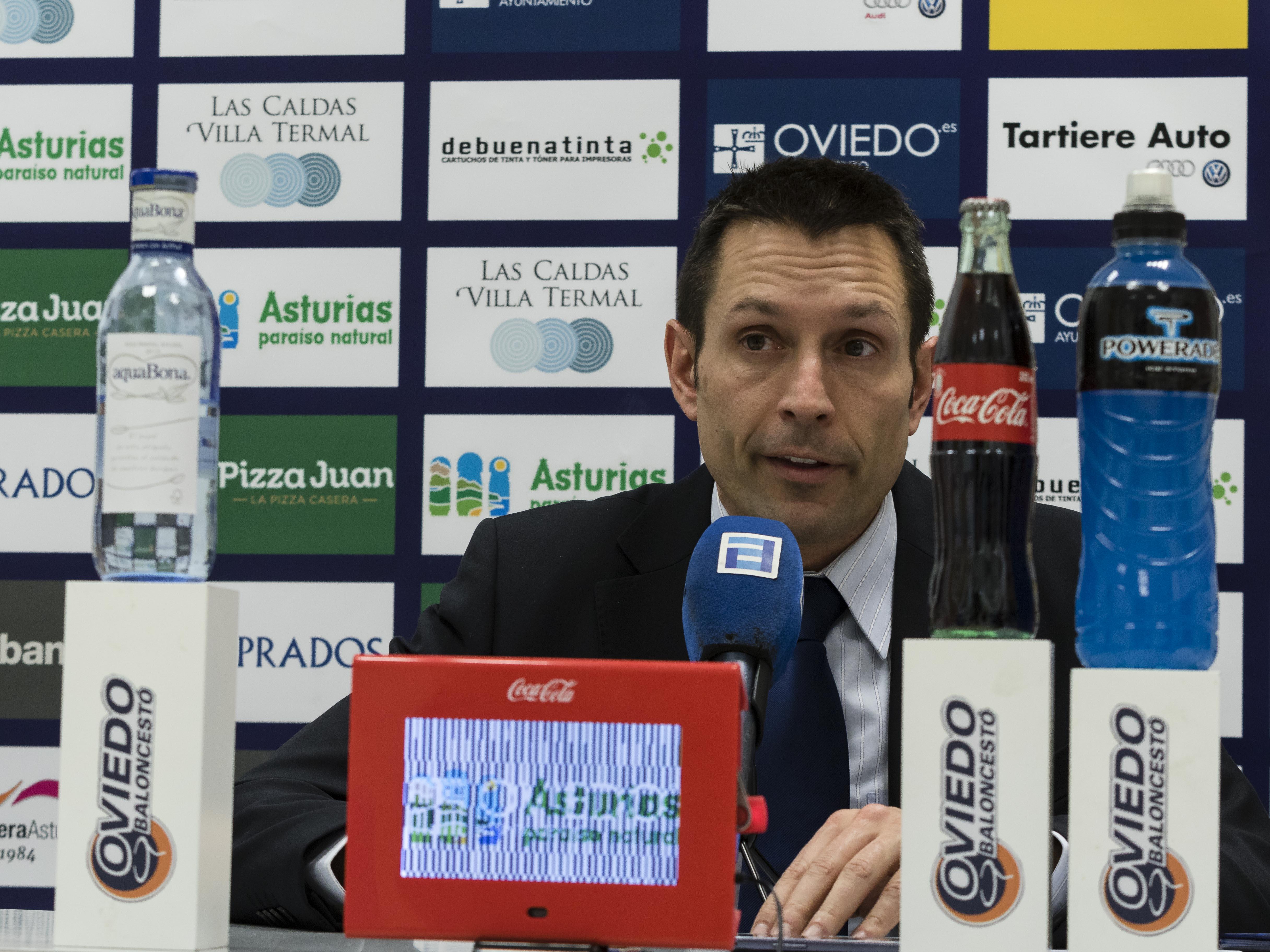 Natxo Lezkano en rueda de prensa (Foto: Christian García)