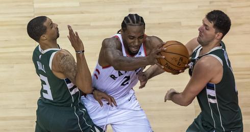 Kawhi Leonard vs Milwaukee Bucks
