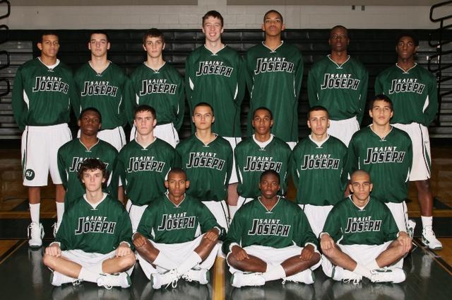 Karl Towns con su equipo en High School de Saint Joseph´s