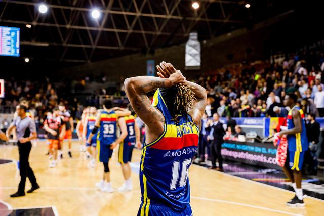 ACB Photo / Albert Martin