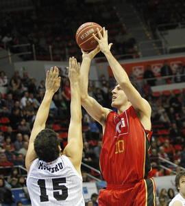 Damjan Rudez se levanta de tres (ACB Photo)
