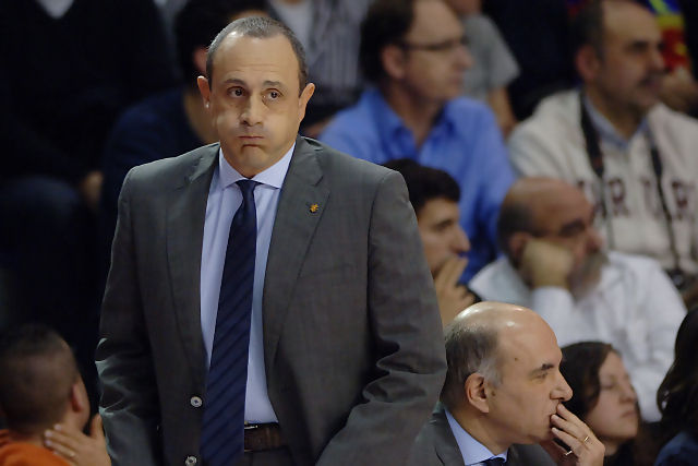 Ettore Messina resoplando