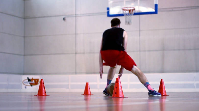 Cómo entrenar la resistencia en el baloncesto