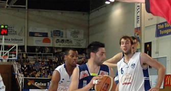 29 Entrada de David Mesa (foto basquetmaniàtic)
