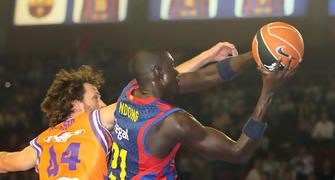 Boniface Ndong tuvo un inicio de partido demoledor (Foto ACB Photo)