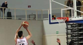 28 Suspensión de José Manuel Cuego (foto basquetmaniàtic)