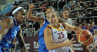 Hammon se enfrento a su ex-equipo (foto: fibaeurope.com)