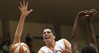 Ros Casares se llevo el duelo de lideres (foto: fibaeurope.com)