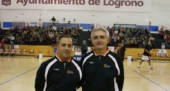 Los arbitros del encuentro  (Foto: Jonatan González)