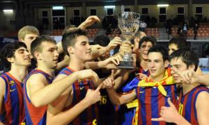 El Regal FC Barcelona, celebra el triunfo en del NIJT l'Hospitalet 2011 (Foto Charly Mula)