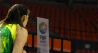 Tercer partido claro para las taronjas (foto: Ros Casares)
