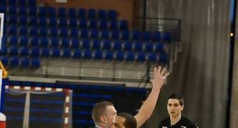 Alfredo Ott supera a Jonathan Barceló (Foto: Jonatan González)