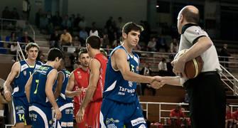 Saludos antes del comienzo del partido (Foto: Andrés Antúnez Carrasco)