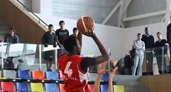01 Suspensión de Johan Kody (foto basquetmaniàtic)