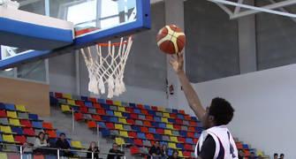 17 Bandeja de Johan Kody (foto basquetmaniàtic)