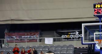 Edu Ruiz en el tiro libre.<br> Foto: Lourdes Getino