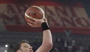 David Andersen, letal (Foto www.menssanabasket.it).
