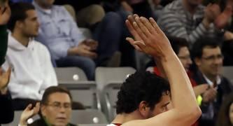 Jesús Fernández agradecido por la ovación recibida.<br> Foto: Lourdes Getino