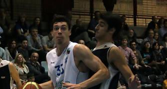 Alex Suarez defendido por José Maria Balmón (foto basquetmaniàtic)