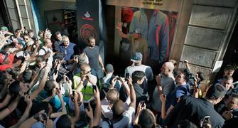 Kevin Durant en la puerta de House of Hoops - Barcelona