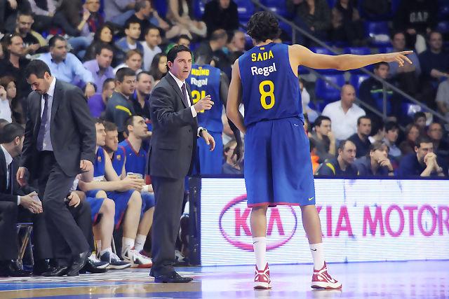 Xavi Pascual dando instrucciones a Victor SAda. Foto: victorsalgado.com