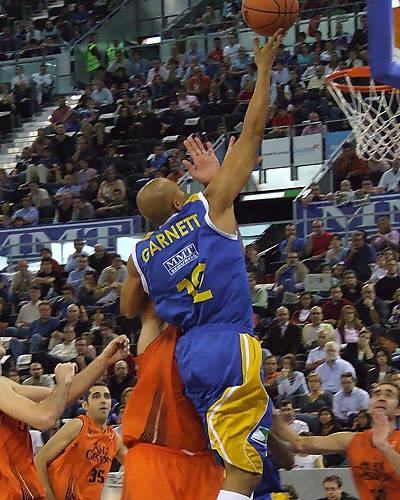 Garnett no tuvo un buen día en ataque (Foto: Fran Martínez)