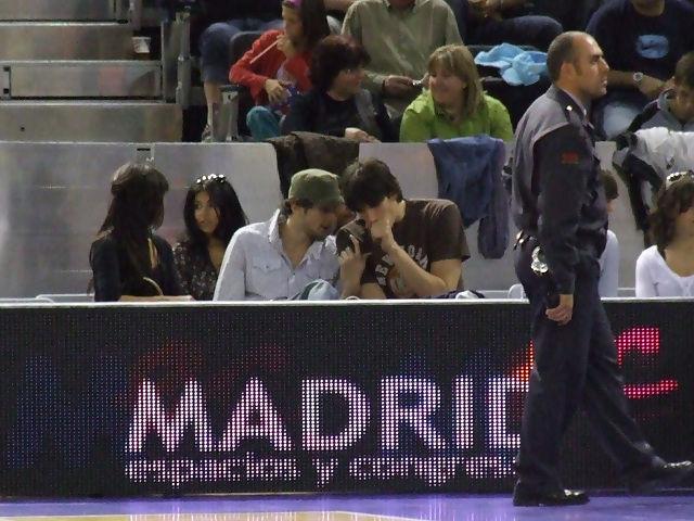 Carlos Suárez y Sanizkide disfrutaron del show (foto: FM)