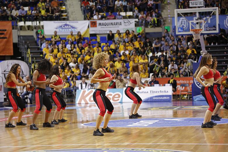 Cheerleaders (Foto: Carlos González)