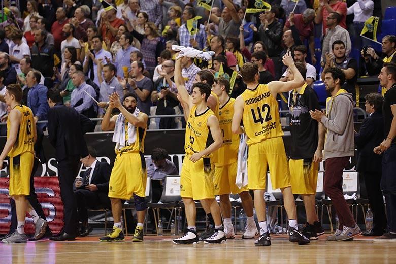 Rodrigo San Miguel - Javier Beirán - Georgios Bogris - Aaron Doornekamp - Tim Abromaitis - Davin White - Fran Vázquez - (Foto: Carlos González)