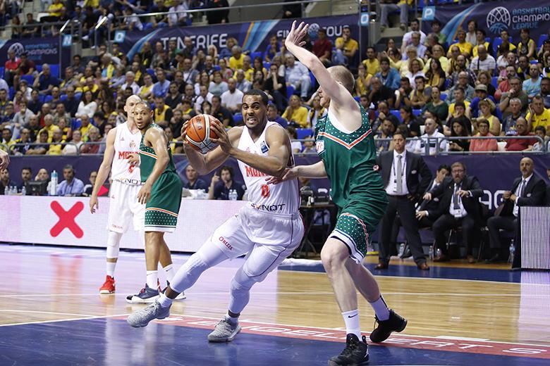 B. Davies (Foto: Carlos González)