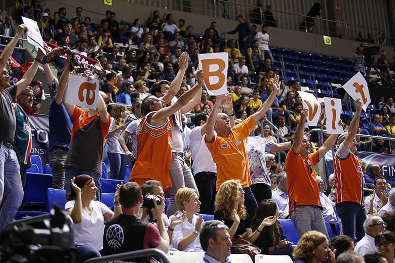 Aficionados Banvit (Foto: Carlos González)