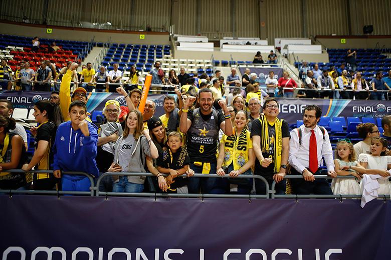 Aficionados Iberostar Tenerife - CB Canarias (Foto: Carlos González)