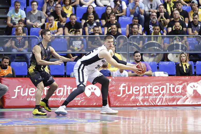 Ivan Buva - Rodrigo San Miguel (Foto: Carlos González)