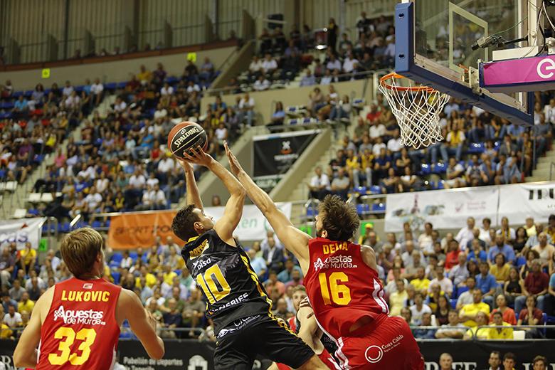 Ferrán Bassas - Marcos Delía (Foto: Carlos González)