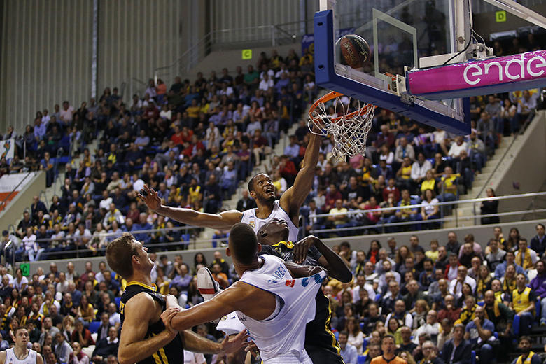 Anthony Randolph - Mamadou Niang (Foto: Carlos González)