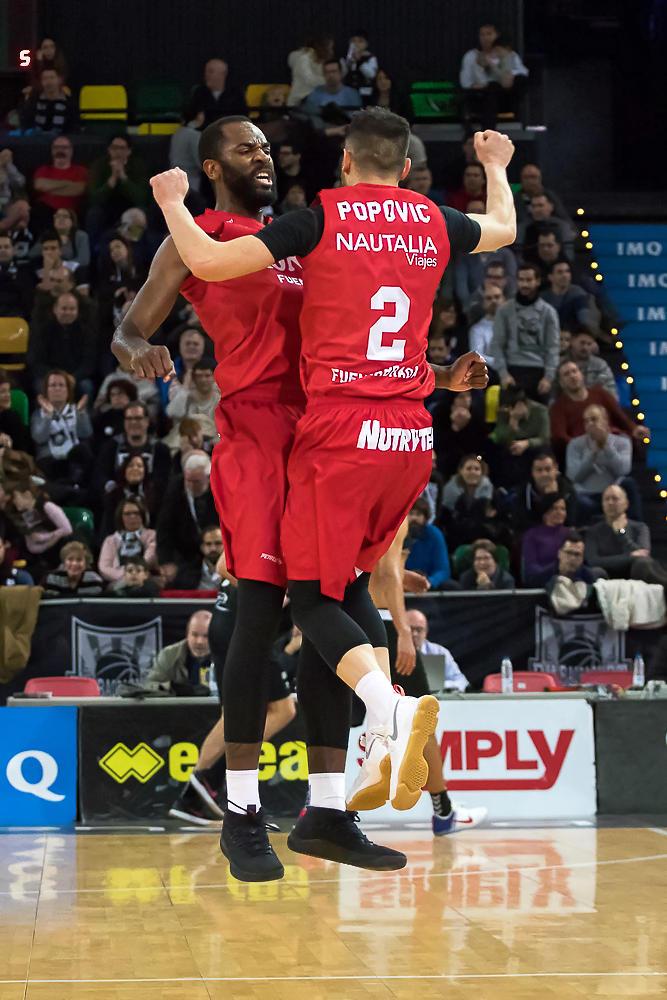 Popovic y Eyenga, de celebración (Foto: Luis Fernando Boo).