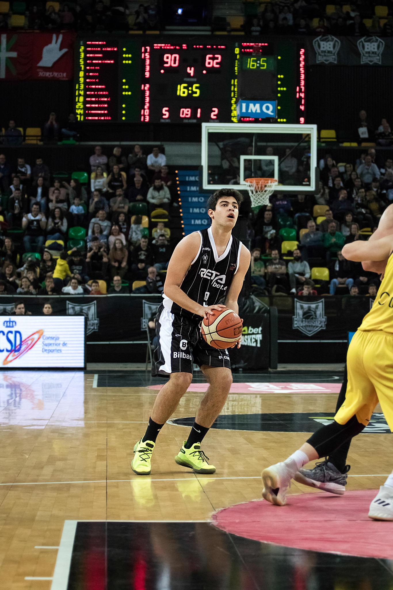 Miguel Ruiz debutó con el Bilbao Basket  | Foto: Luis Fernando Boo.