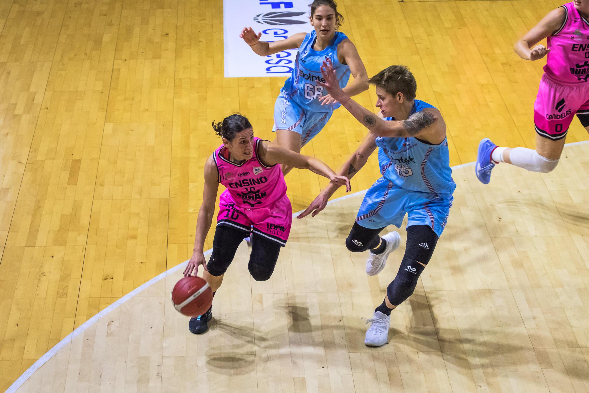 Stanacev intenta superar a Colhado (Foto: Luis Fernando Boo).