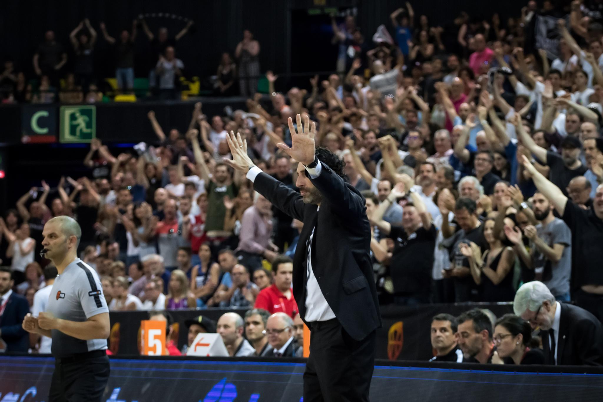 Mumbrú pide parar a sus jugadores  | Foto: Luis Fernando Boo.