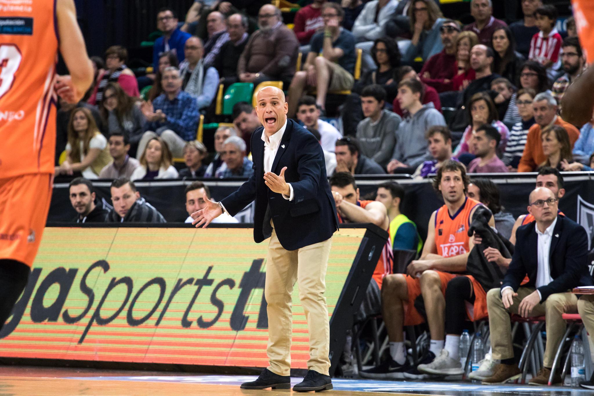 Marco exige a sus jugadores  | Foto: Luis Fernando Boo.