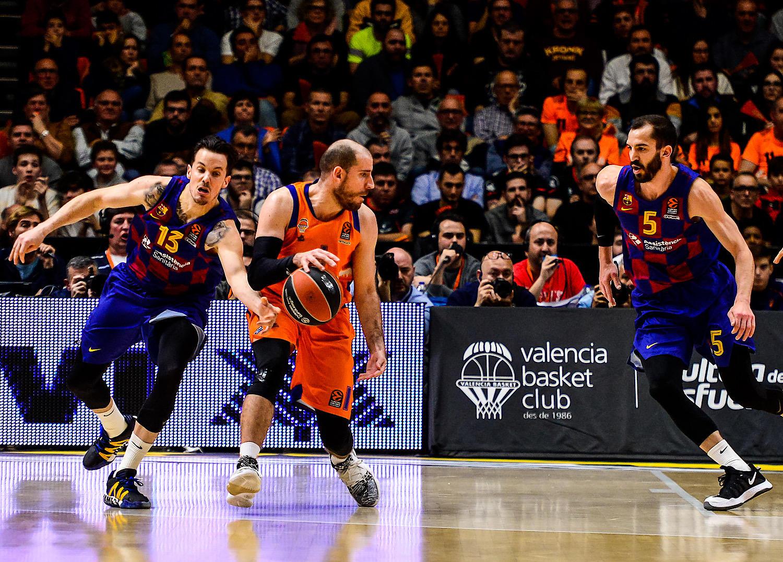 El Barcelona le robó el partido en la recta final.  (JM Casares)