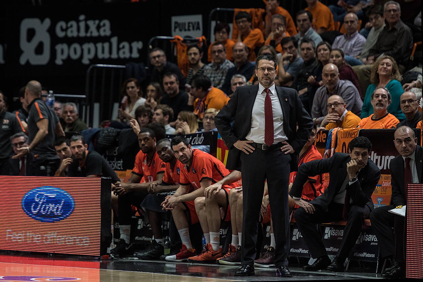 El Valencia Basket, disfrutó de muchos minutos de buena concentración. (JM Casares)