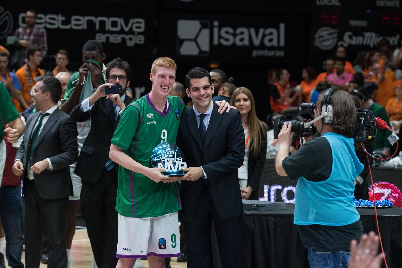 Alberto diaz, MVP de la final. (JM Casares)
