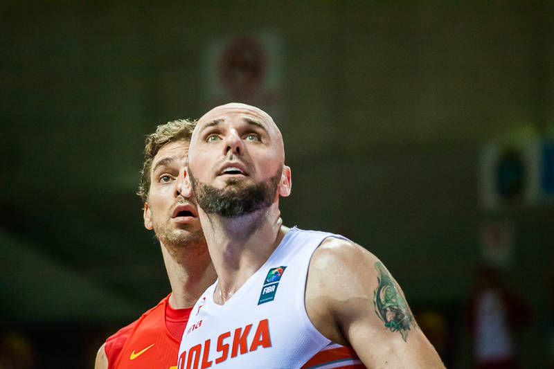 Gasol y Gortat, dos pivot NBA emparejados (Foto: Luis Fernando Boo).