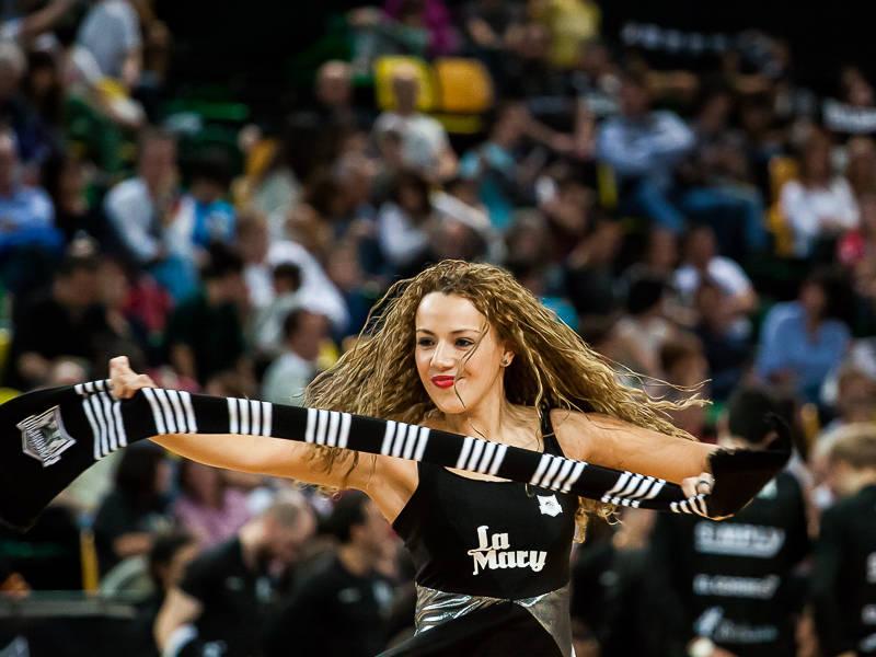 Momento de celebración en el Bilbao Arena (Foto: Luis Fernando Boo).