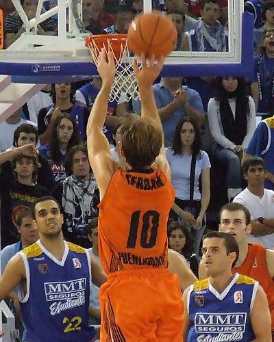 F. López anotó 3 de 4 triples (Foto: Fran Martínez)